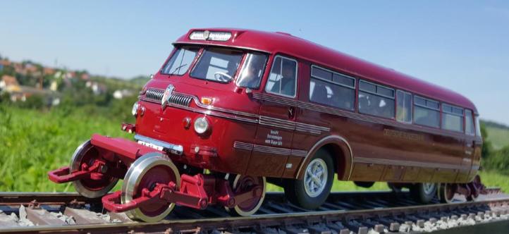 Schi Stra Bus